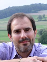 Yves-Alexandre Thalmann: El poliamor es el encuentro entre el amor sentimental y el amor universal.