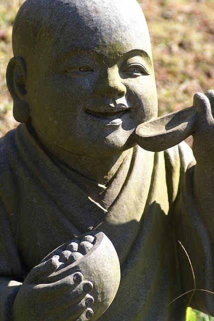 Comer como Buda: Cómo aplicar los principios budistas a la alimentación.